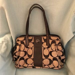 Coach - Purse - Authentic - Black and Tan